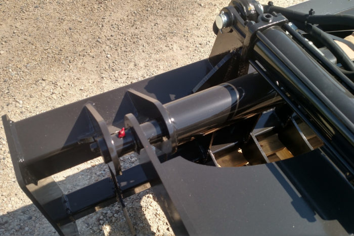 Skid Steer Root and Rock Grapple Attachment